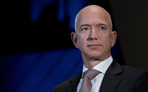 Amazon's Covid-19 response criticized more than Alibaba and JD.com