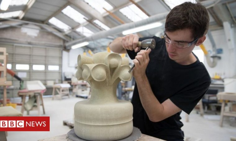 Apprenticeships 'are not delivering social mobility'