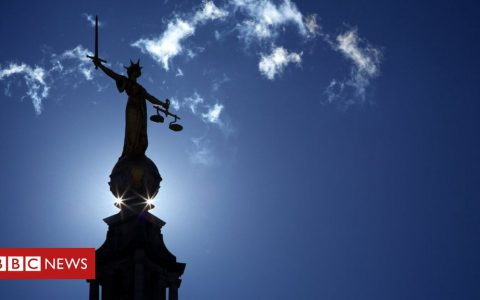 Coronavirus: Robert Buckland warns over court case backlog