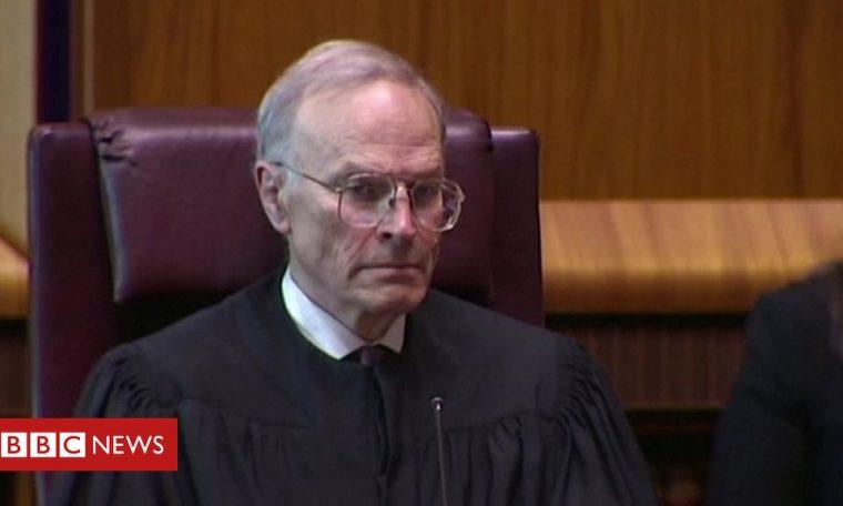 Dyson Heydon: Inquiry finds top Australian ex-judge harassed women