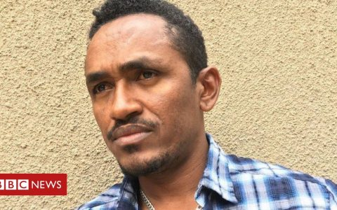 Hachalu Hundessa: Popular Ethiopian protest singer shot dead