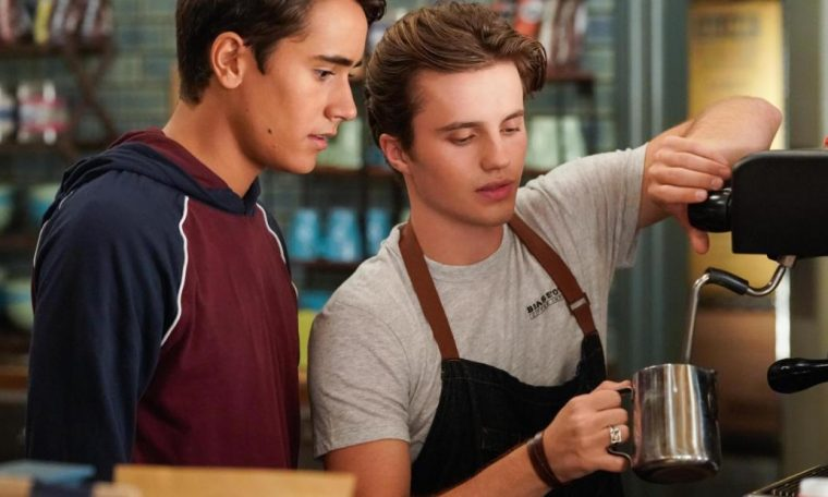 'Love, Victor' review: Hulu series adds new chapter to the coming-out tale in 'Love, Simon'