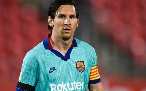 Messi milestone in first game back for Barcelona