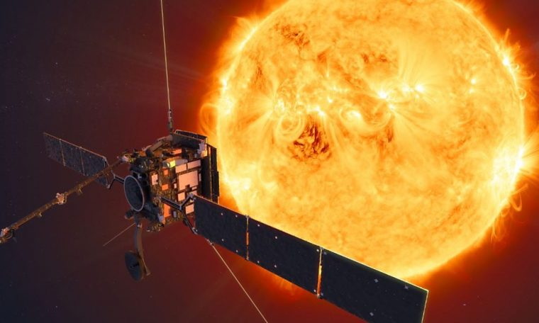 Solar Orbiter: Europe's Sun mission makes first close pass