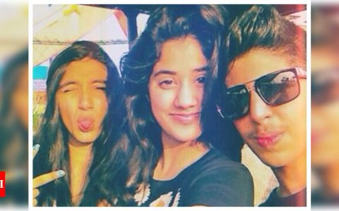 THIS pretty throwback picture of Janhvi Kapoor with her friends is simply unmissable! | Hindi Movie News