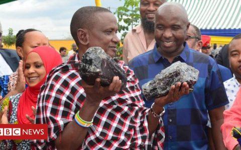 Tanzanite: Tanzanian miner becomes overnight millionaire