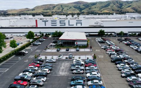 Tesla Laurie Shelby email on Covid-19; Fremont workers worried