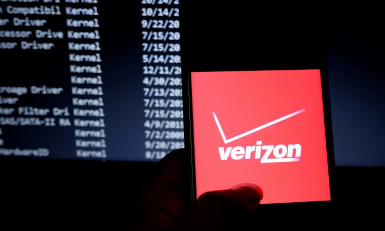 Verizon pulling advertising from Facebook and Instagram