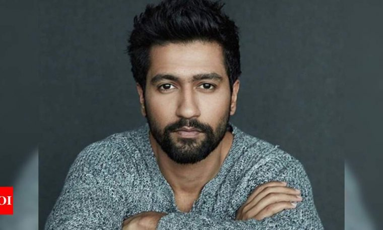 Vicky Kaushal salutes to brave hearts who fought courageously at Galwan Valley! | Hindi Movie News