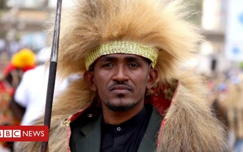 Hachalu Hundessa: 'Fifty killed' in protests over Ethiopian singer's death