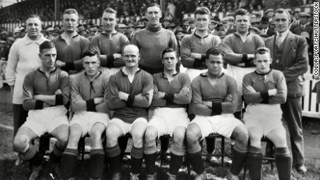 The Plymouth Argyle squad pose for a photo during the 1927-8 season. Leslie is second from the right on the front row.