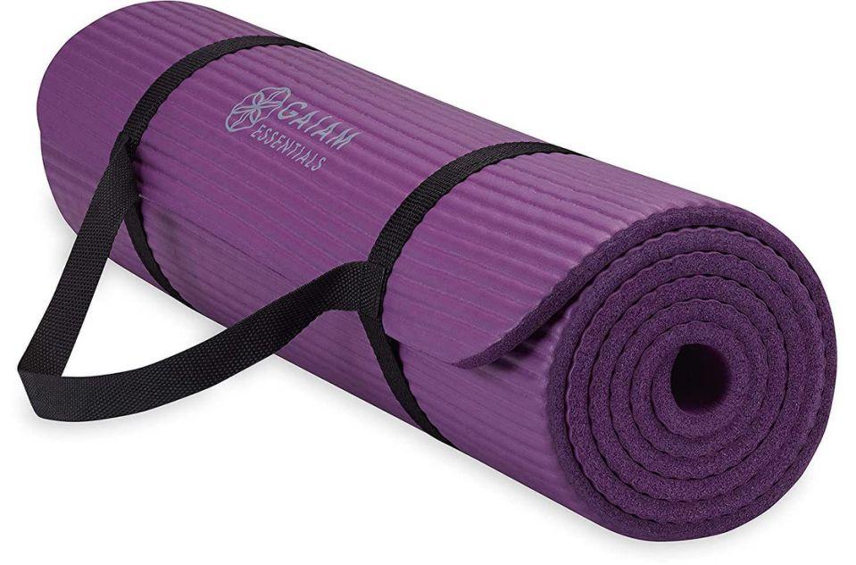 Gaiam Essentials Yoga Mat (Photo: Amazon)