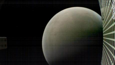 MarCO satellites go dark after helping with Mars landing