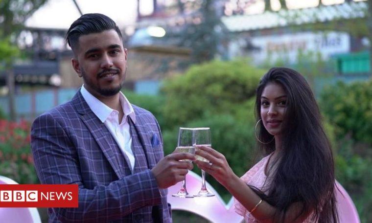 Coronavirus: 'Big fat British Asian weddings' forced to slim down