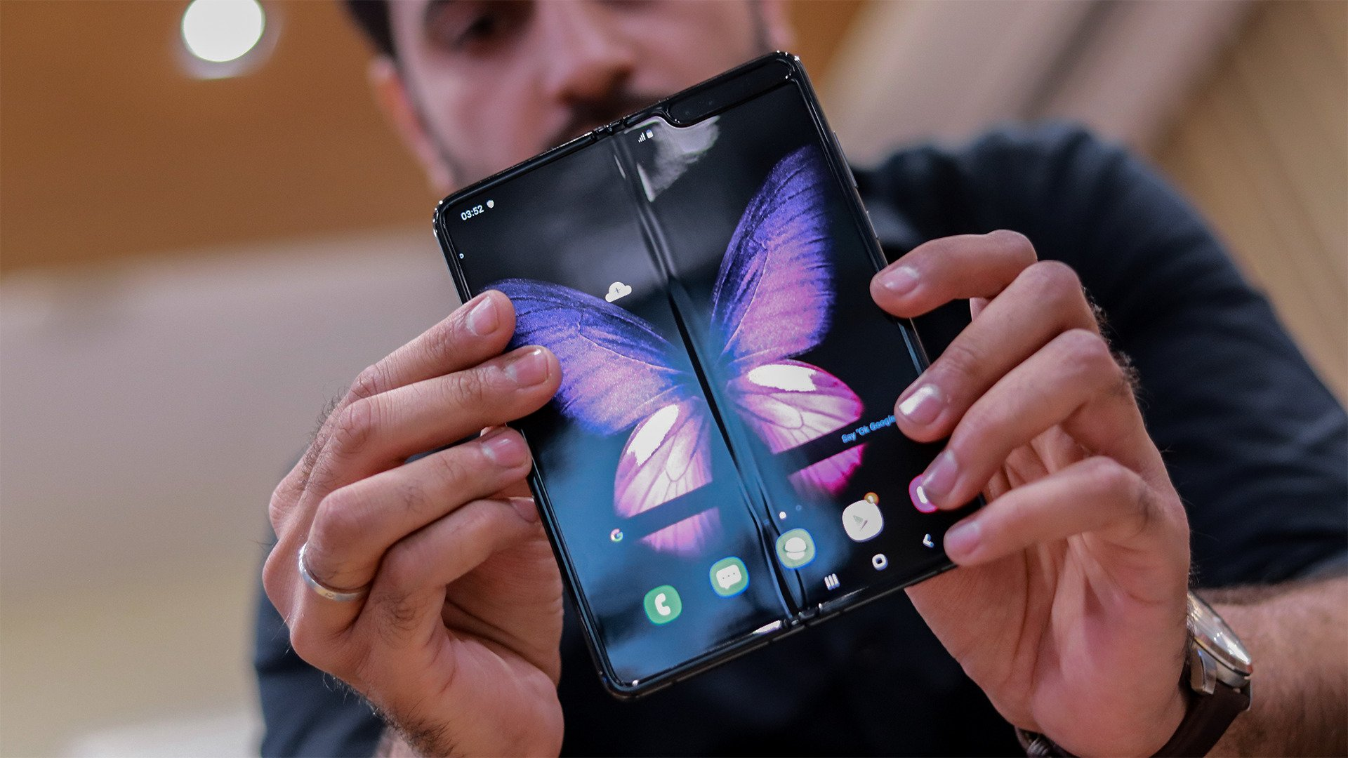 It Is In Z Name Samsung Galaxy Fold 2 To Be Folded Into The Z Sequence