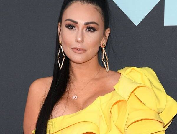 Jersey Shore's JWoww and Deena Cortese Respond After Cast Is Criticized for Not Wearing Masks