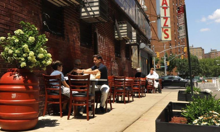 Katz's Deli offers outdoor dining for first time in its 132-year history