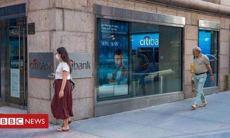 Big US banks set aside $28bn in downturn warning