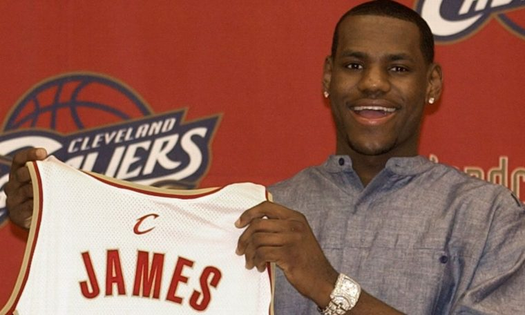 LeBron James rookie card goes for record $1.8M at auction
