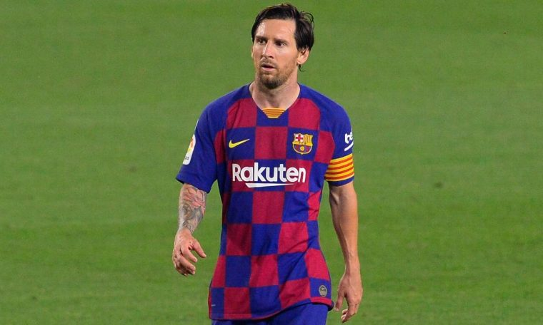 Lionel Messi halts Barcelona contract talks past 2021