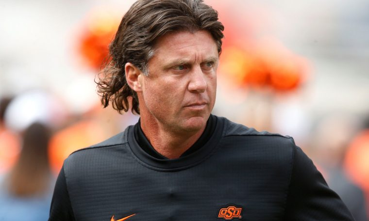 'No signs' of racism in Mike Gundy's football program