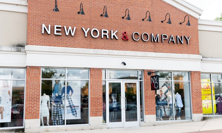 RTW Retailwinds files for bankrtupcy, to close hundreds of stores