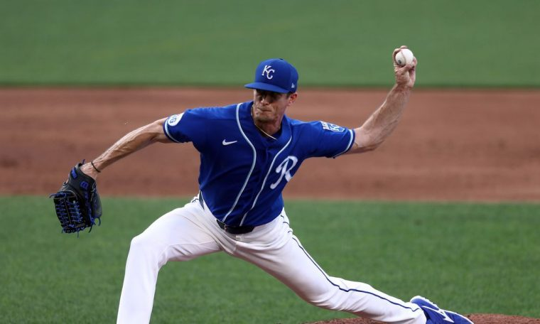 Royals trade Tim Hill to the Padres for RHP Ronald Bolaños and OF Franchy Cordero