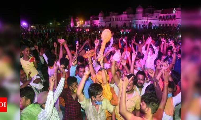 Ayodhya erupts in tears of joy, diyas usher in early Diwali | India News