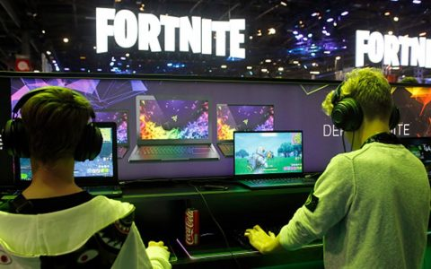 'Fortnite' app removal threatens social lifeline for young gamers