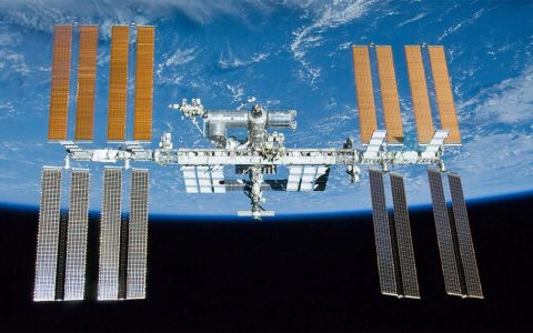 NASA working to hunt down pesky ISS air leak