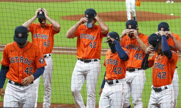 Oakland Athletics, Houston Astros walk off in protest