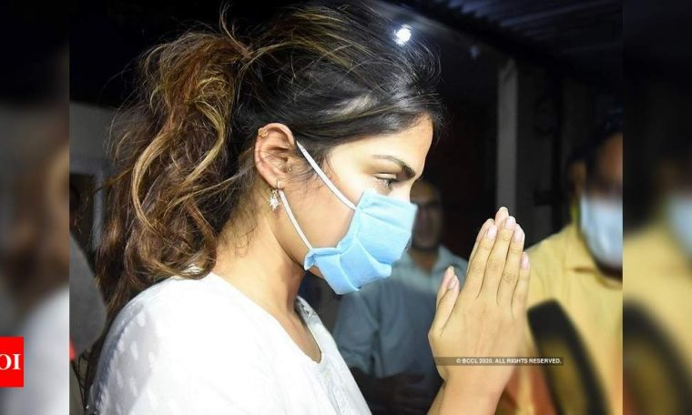 Sushant Singh Rajput's case: Check out CBI's line of questioning for Rhea Chakraborty   Hindi Movie News