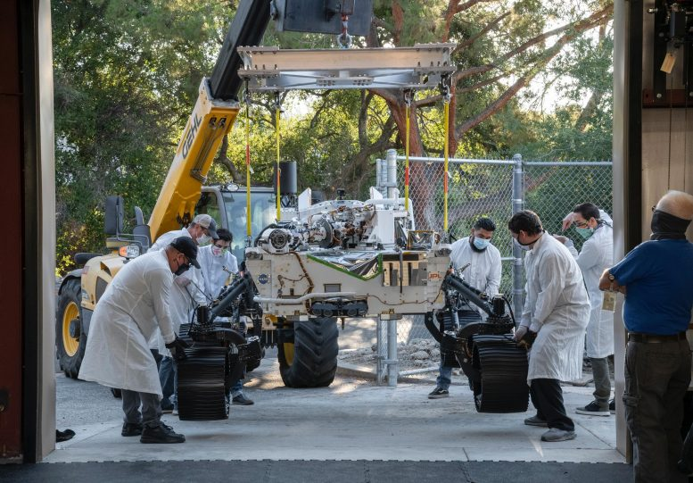 NASA firmly moving Mars rover twin