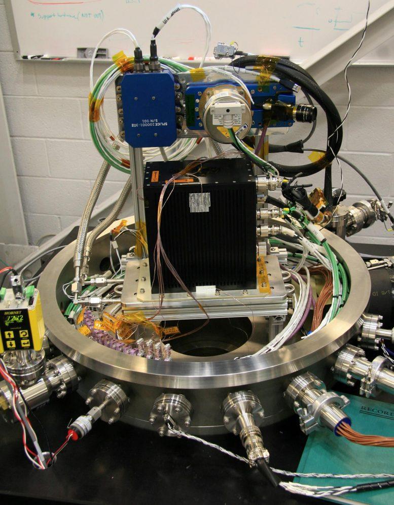 Supply hardware vacuum chamber test