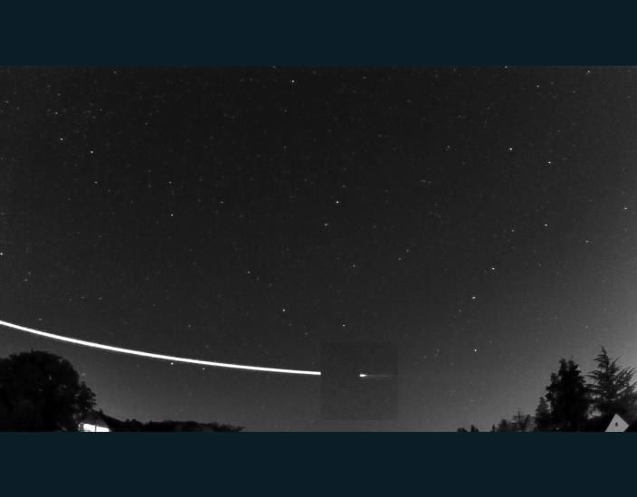 'EarthGazer' meteor shoots Earth's atmosphere into space - Sprout Wired