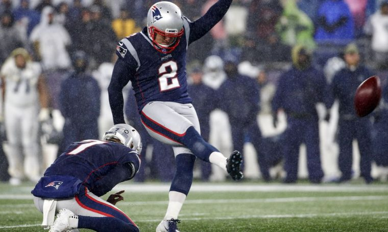 Nick Folk is back. And so is the patriotic kicker competition