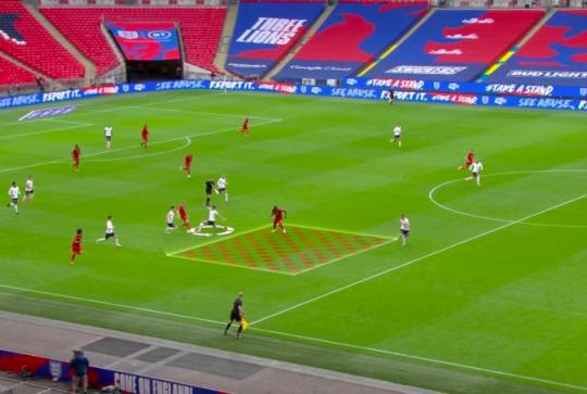 Harry Maguire jumps on Kevin de Bruyne before Romelu Lukasu's penalty