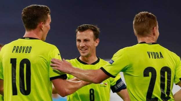 Nations League: Scotland faces tough Czech challenge after Covid chaos