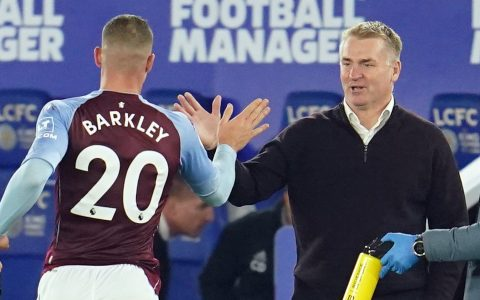 Dean Smith says he is thankful to Chelsea for loaning Ross Barkley