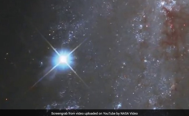 Hubble Observes Spectacular Supernova in NGC 2525 | Astronomy
