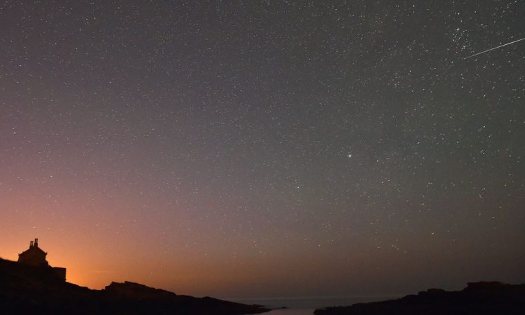 Meter showers, blue moons and other stargazing dates are for October