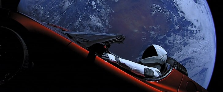 Tesla Roadster and Starman make the first close contact with Mars