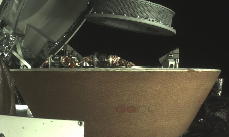 NASA probe successfully stows sample from asteroid