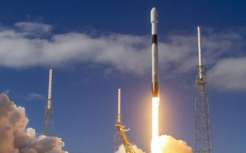 On busy days, SpaceX will set another milestone with the Starlink launch