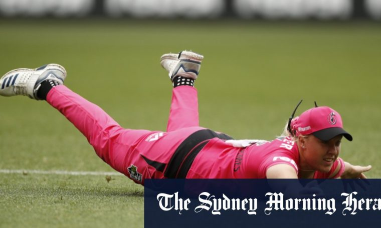 Sydney Sixers fined 25 25,000 for 'managerial error'