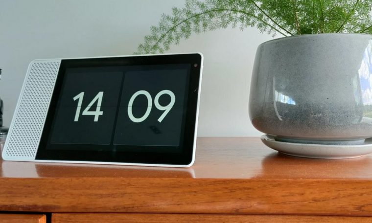 Review: The Lenovo Smart Display makes a terrific tablet, but a decent home accessory