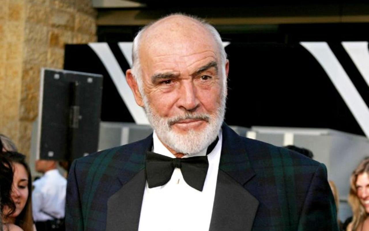 Sean Connery cause of death confirmed as pneumonia, heart failure
