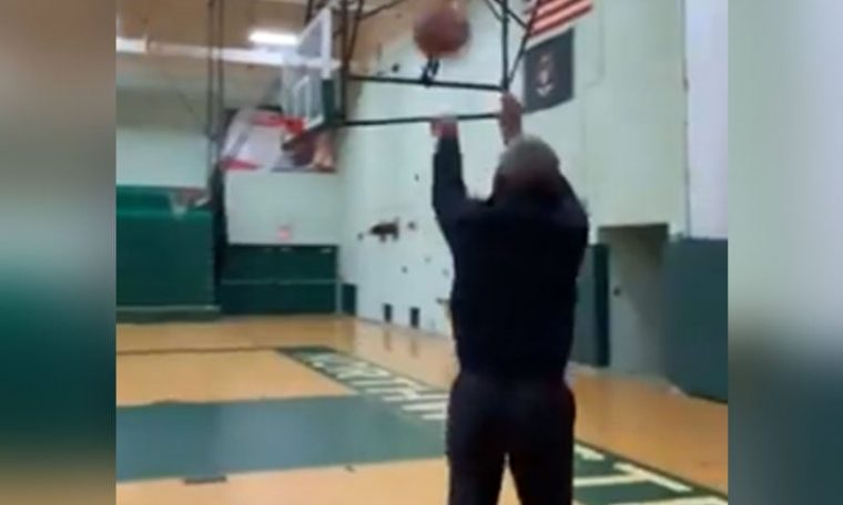 """""""That's what I do"""": Barack Obama illegally burned a 3-pointer in a viral video. See"""