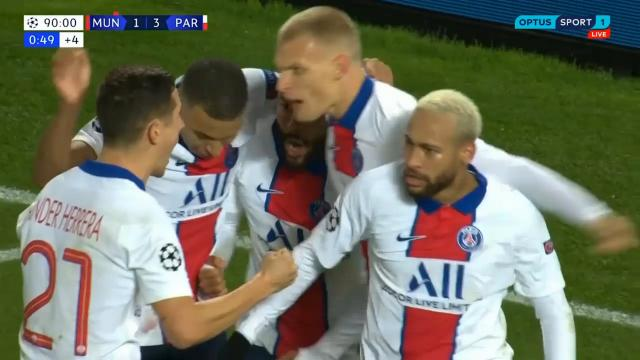 Neymar Skill beats United