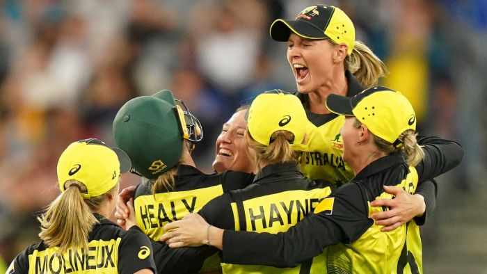 Australia's women's Twenty20 cricket team recognizes Don Gong for winning the 2020 World Cup at the Sport Australia Hall of Fame Awards